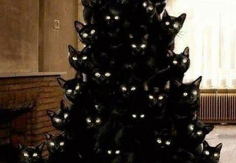 crazy-cat-lady-christmas-tree